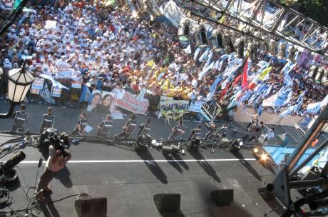 escenario asuncion presidencial plaza de mayo